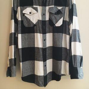Vintage Mens Black + Wh. Gingham Flannel ButtonUp